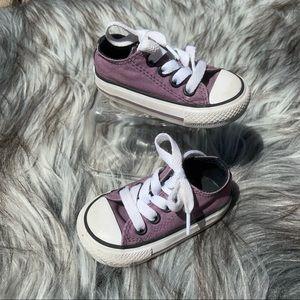 EUC Converse All Star Sneaker Baby Size 3 Purple